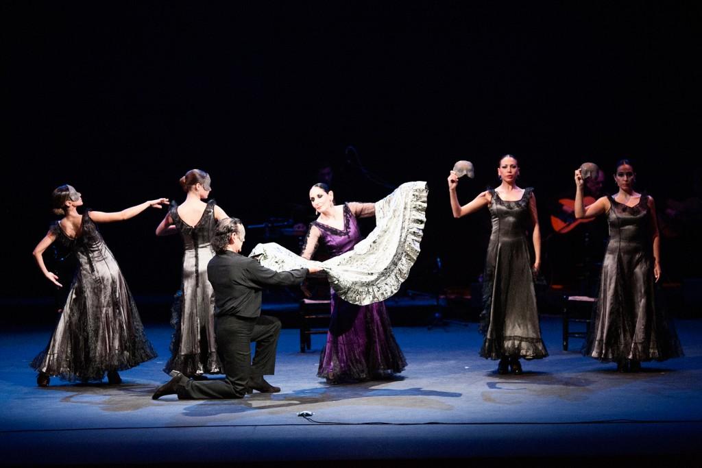 """Julia Grecos,. Escena de """"Luna...Luna Flamenca"""""""
